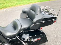 2016 Harley-Davidson Touring Road Glide Ultra FLTRU 103 6-Speed with Extras