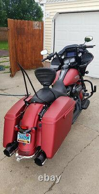 22 Backrest Sissy Bar W Docking 4 Harley Touring Road King 09-20 Glide Street