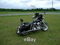 Passenger Sissy Bar Backrest Upright For Harley Touring Electra Glide FLHT 97 08